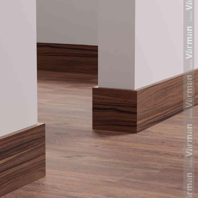 Плинтус деревянный VARMAN-001-IKEA