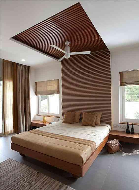 Рейки на стену и потолок в спальне